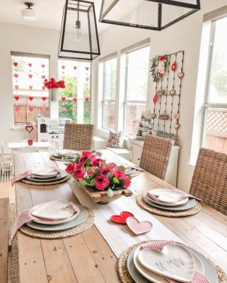 Magnificent Dining Room Decorating Ideas For Valentine's Day 30