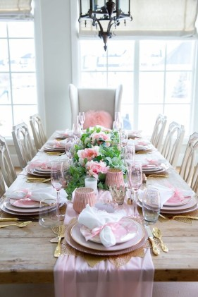 Most Inspiring Valentine's Day Simple Table Decoration Ideas 26