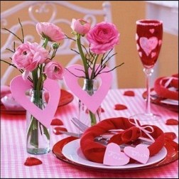 Most Inspiring Valentine's Day Simple Table Decoration Ideas 49