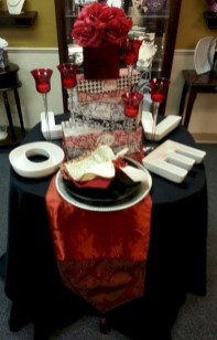Perfect Valentine's Day Romantic Dining Table Decor Ideas For Two People 12