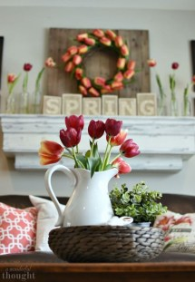 Romantic Valentine Decoration Ideas For Your Living Room 37