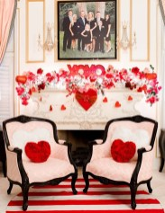 Romantic Valentine Decoration Ideas For Your Living Room 44