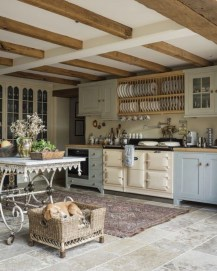 Rustic Farmhouse Kitchen Ideas To Get Traditional Accent 20