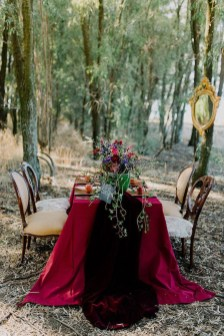 Unordinary Valentine Outdoor Decorations Table Settings For Couple 32