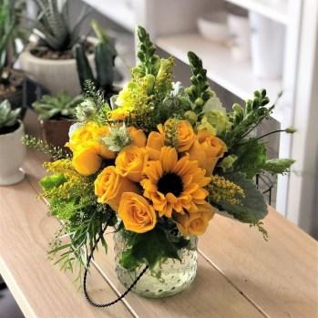 Best Spring Flower Arrangements Centerpieces Decoration Ideas 18