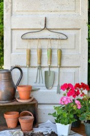 Creative DIY Exterior Design Ideas For Spring And Summer 14