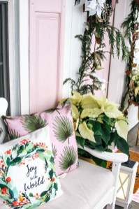 Cute Spring Porch Pillow Decoration Ideas That Will Inspire You 38