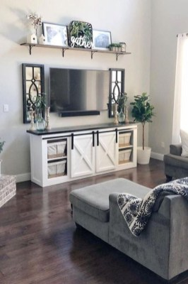 Easy And Simple Shelves Decoration Ideas For Living Room Storage 34