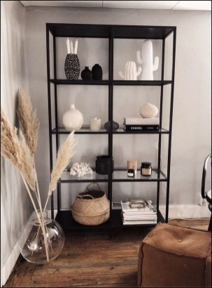 Easy And Simple Shelves Decoration Ideas For Living Room Storage 44