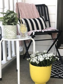 Elegant Chair Decoration Ideas For Spring Porch 47