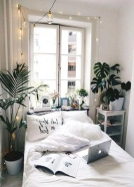 Fabulous White Bedroom Design In The Small Apartment 10