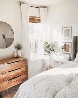 Fabulous White Bedroom Design In The Small Apartment 36
