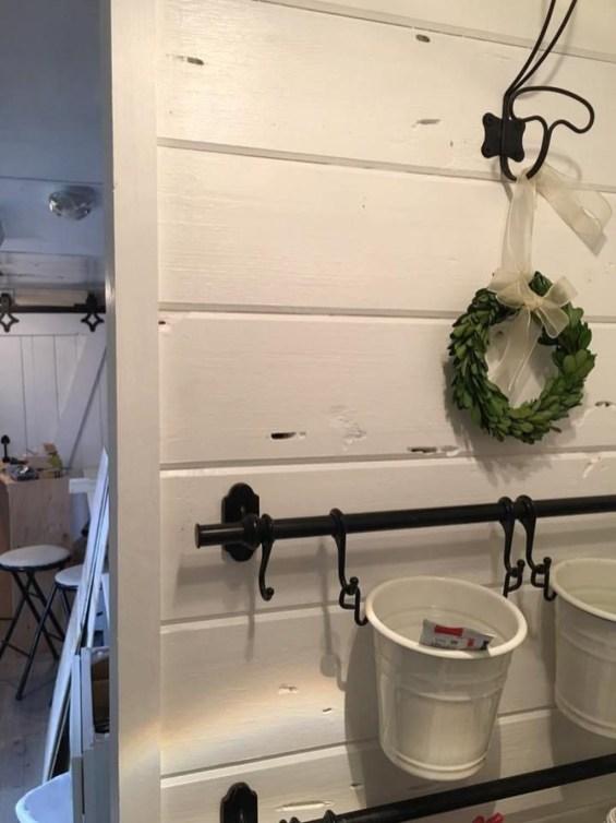 Marvelous Farmhouse RV Makeover Ideas You Can Do 50