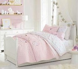 Stunning Teenage Bedroom Decoration Ideas With Big Bed 35
