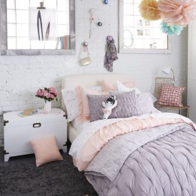 Stunning Teenage Bedroom Decoration Ideas With Big Bed 40