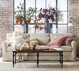 Superb Living Room Decor Ideas For Spring To Try Soon 27