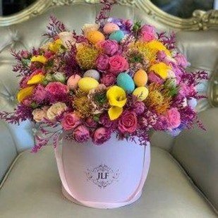 Astonishing Easter Flower Arrangement Ideas That You Will Love 23