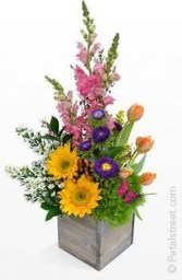 Astonishing Easter Flower Arrangement Ideas That You Will Love 32