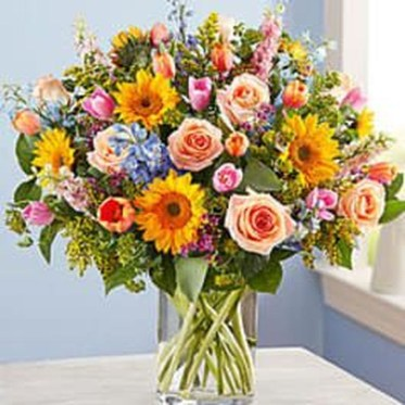 Astonishing Easter Flower Arrangement Ideas That You Will Love 36