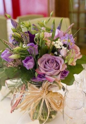 Astonishing Easter Flower Arrangement Ideas That You Will Love 49