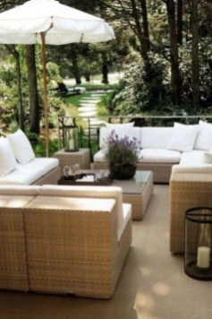 Comfy Spring Backyard Ideas With A Seating Area That Make You Feel Relax 02