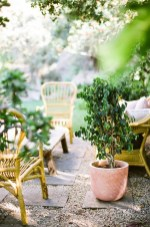 Comfy Spring Backyard Ideas With A Seating Area That Make You Feel Relax 16