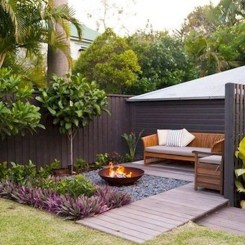 Comfy Spring Backyard Ideas With A Seating Area That Make You Feel Relax 27