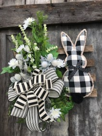Cute Easter Bunny Decorations Ideas For Your Inspiration 04