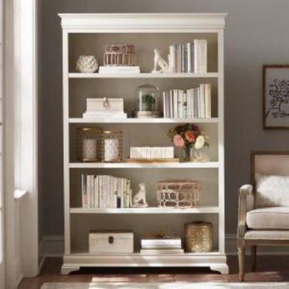 Fabulous Bookcase Decorating Ideas To Perfect Your Interior Design 22
