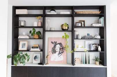Fabulous Bookcase Decorating Ideas To Perfect Your Interior Design 23