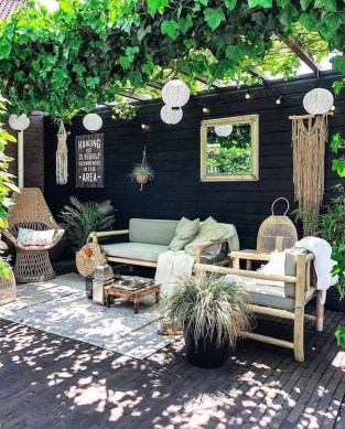 Favorite Outdoor Rooms Ideas To Upgrade Your Outdoor Space 16