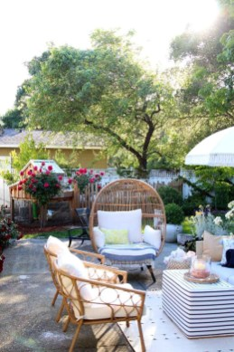 Favorite Outdoor Rooms Ideas To Upgrade Your Outdoor Space 17