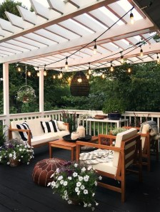 Favorite Outdoor Rooms Ideas To Upgrade Your Outdoor Space 20