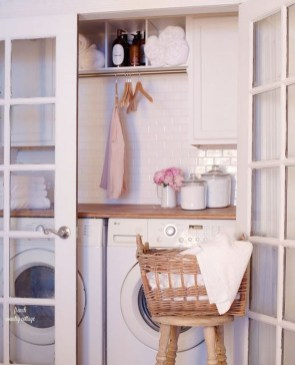 Inspiring Laundry Room Design With French Country Style 28
