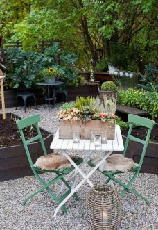 Luxury Garden Furniture Ideas To Enjoy Your Spring Backyard 25