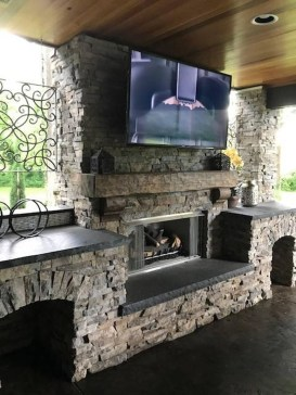 Marvelous Backyard Fireplace Ideas To Beautify Your Outdoor Decor 27