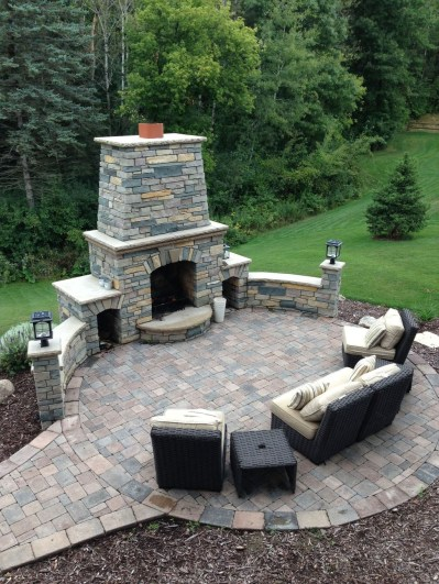 Marvelous Backyard Fireplace Ideas To Beautify Your Outdoor Decor 41