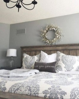 Perfect Choices Of Furniture For A Farmhouse Bedroom 06