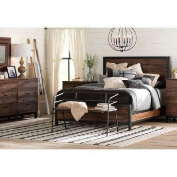 Perfect Choices Of Furniture For A Farmhouse Bedroom 15