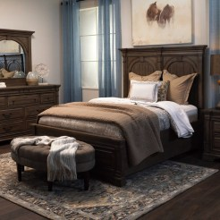 Perfect Choices Of Furniture For A Farmhouse Bedroom 28