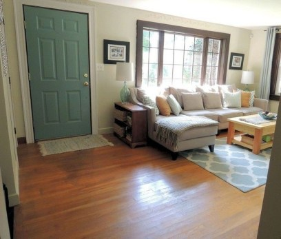 Popular Ways To Efficiently Arrange Furniture For Small Living Room 15