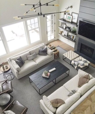 Popular Ways To Efficiently Arrange Furniture For Small Living Room 27