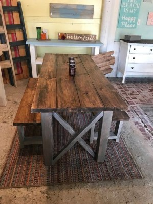 Rustic Farmhouse Table Ideas To Use In The Decor 26