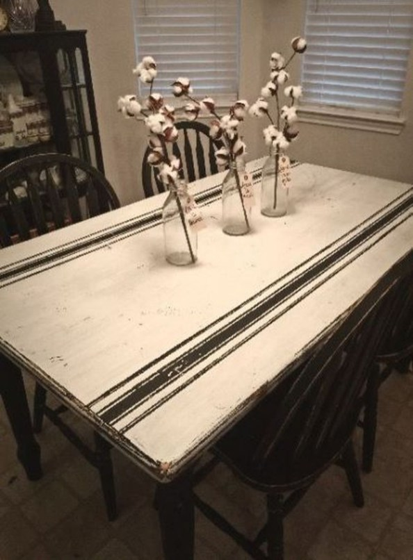 Rustic Farmhouse Table Ideas To Use In The Decor 32