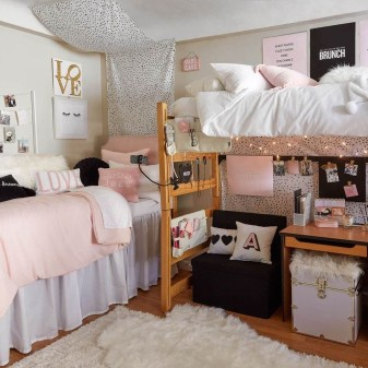 Splendid Dorm Room Ideas To Tare Room Decor To The Next Level 18