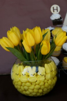 Superb Easter Indoor Decoration Ideas For Your Home 37