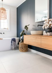 Unordinary Bathroom Design Ideas With Stunning Wood Shades 01