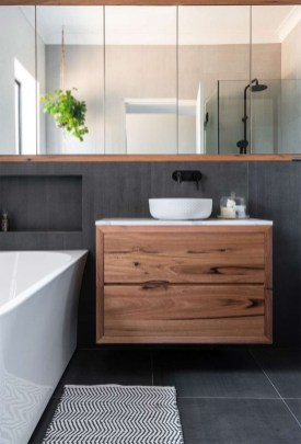 Unordinary Bathroom Design Ideas With Stunning Wood Shades 24