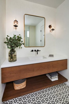 Unordinary Bathroom Design Ideas With Stunning Wood Shades 26