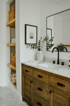 Unordinary Bathroom Design Ideas With Stunning Wood Shades 39